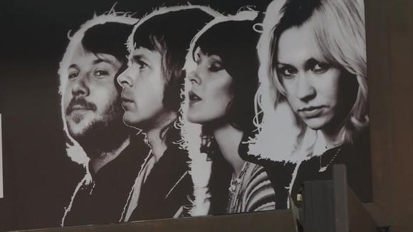 ABBA returns 40 years later and fans celebrate