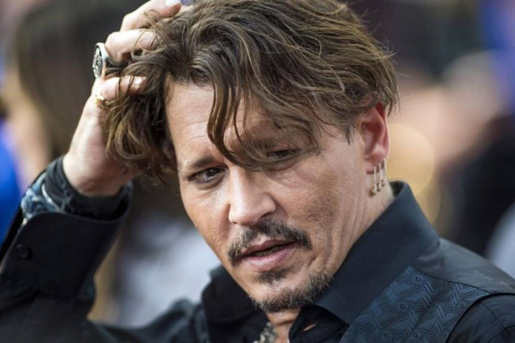 1631505872 852 Johnny Depp transforms into Jack Sparrow again and thrills his