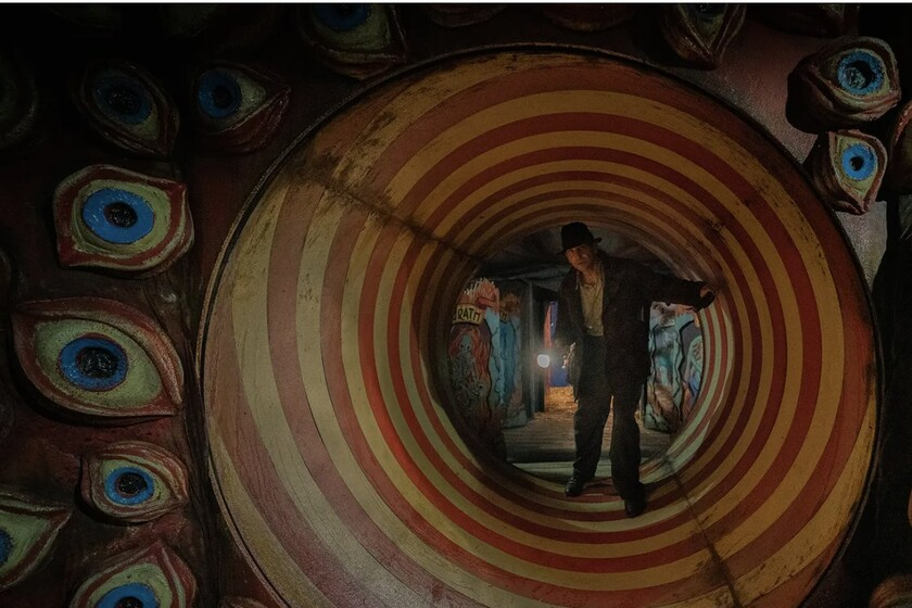 'Nightmare Alley': hypnotic first images of Guillermo del Toro's film with one of the best casts of the year