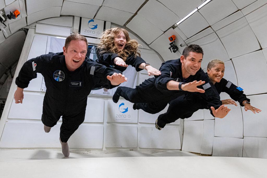 1631670397 372 Elon Musk Richard Branson and Jeff Bezos the race for