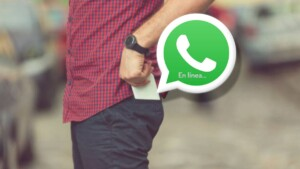 Why do I appear online on WhatsApp when I have already closed the application?