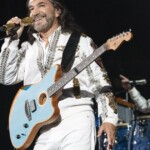 Los Bukis brought together generations who grew up with their music at AT&T Stadium
