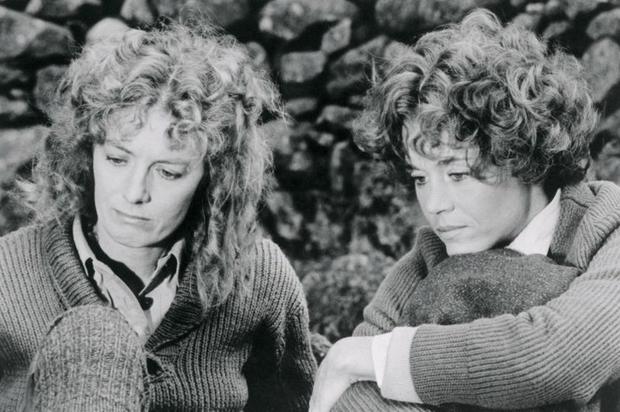 Vanessa Redgrave (a la izquierda) interpretó el papel principal de la película Julia, mientras que Jane Fonda interpretó el papel de Lillian Hellman. (GETTY IMAGES).