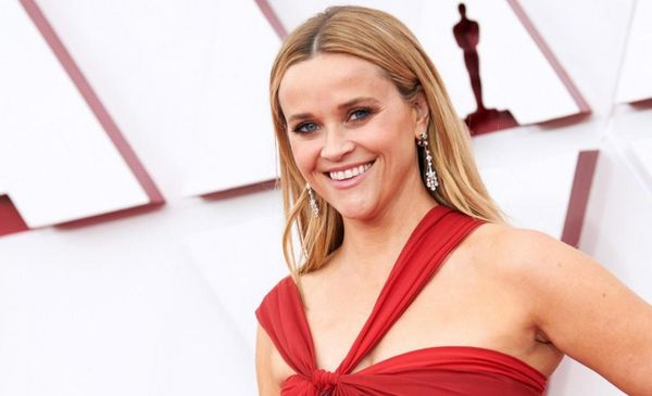 1632093037 Reese Witherspoon the richest actress in the world
