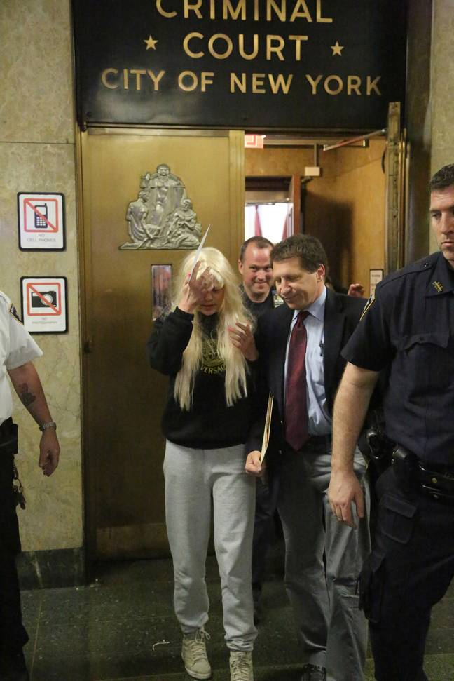 Amanda Bynes left Manhattan Criminal Court in 2013 after being arrested for allegedly throwing a bong out of an apartment window. Credit: PA