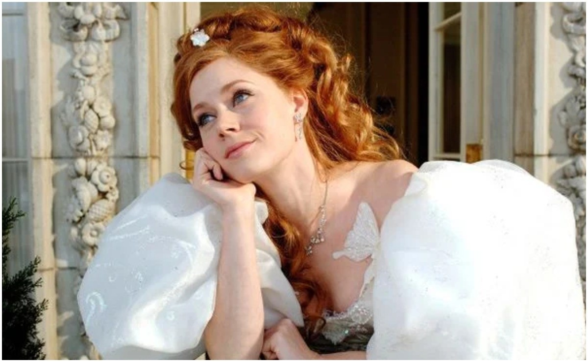 Amy Adams promises more music and dance in sequel to