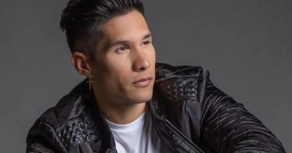 Chyno Miranda is separated from his wife, but they live together