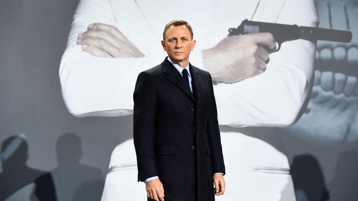 Daniel Craigs hard training to be James Bond again in