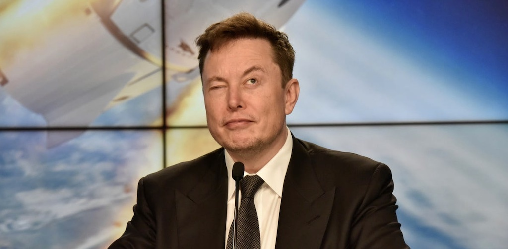 """Elon Musk Bursts Out and Criticizes Electric Car Incentive Bill """"Ford and Unions Drawn It"""" 