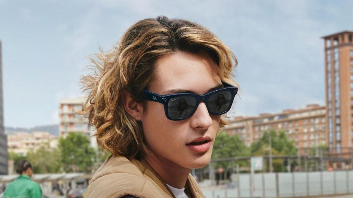 Facebook launches Ray Ban Stories smart glasses to take photos and