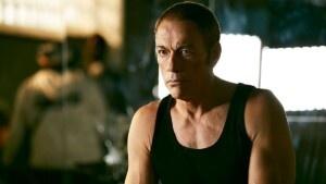 Jean Claude Van Damme muestra cmo ponerse en forma a los 60 aos