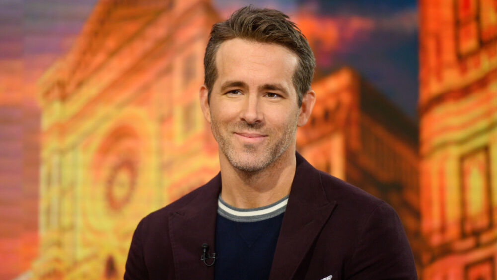 Like a hero Ryan Reynolds sent his support to a