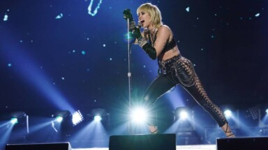 """Miley Cyrus suffers a panic attack during one of her concerts: """"It's a terrifying situation"""""""