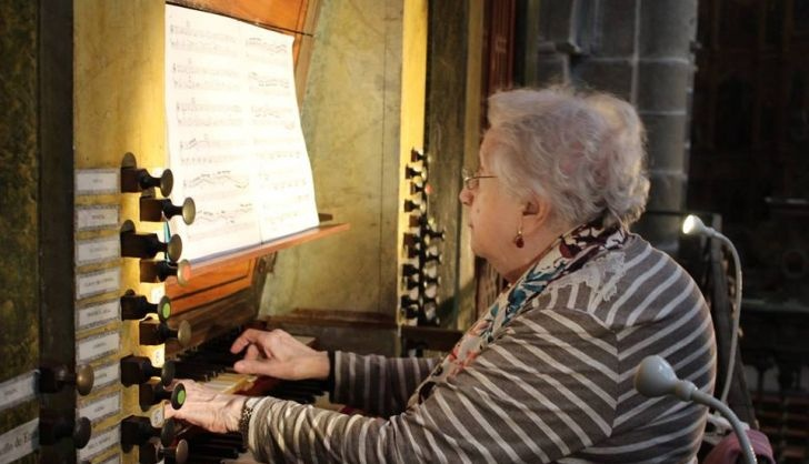 Montserrat Torrent the prestigious 95 year old organist inaugurates this Wednesday at