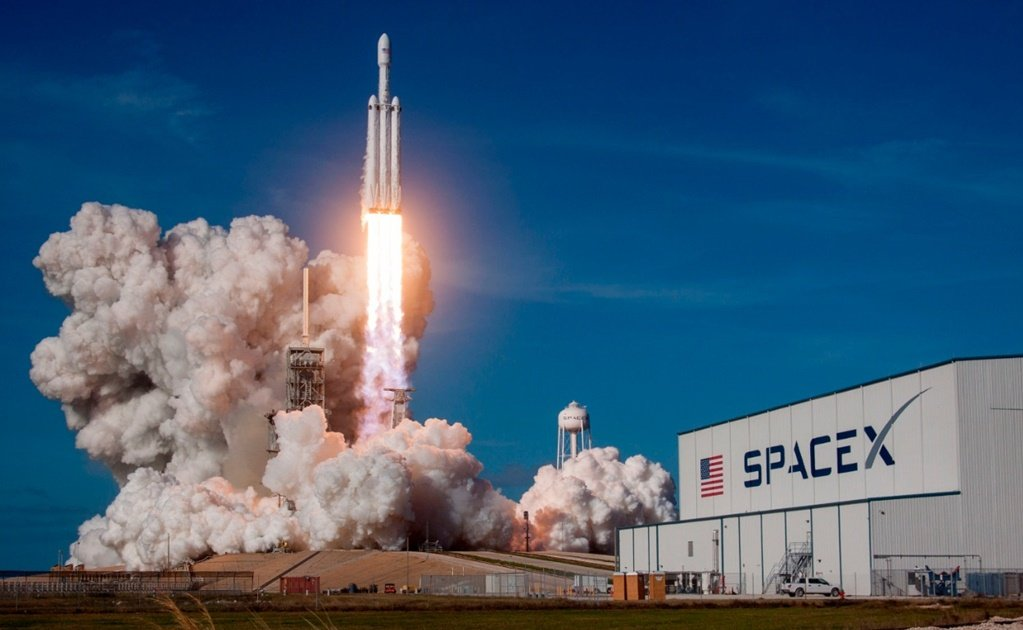 NASA contracts Bezos Musk and others for projects with a