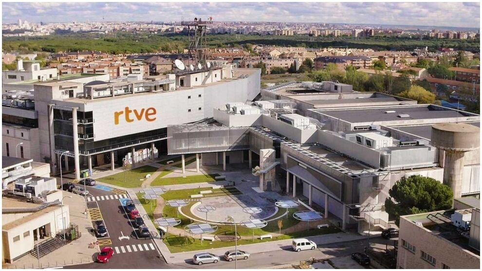 RTVE apologizes for the open mic comment about Camavinga