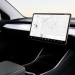The Tesla Model 2 will arrive in 2023 and Elon Musk wants it to do so without a steering wheel