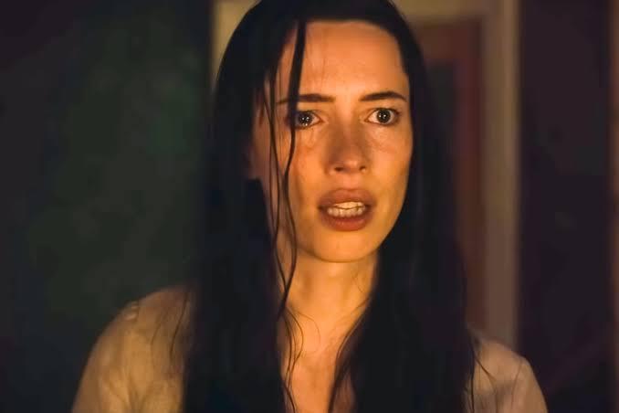 Rebecca Hall protagoniza 'La Casa Oscura' (Searchlight Pictures/Disney)