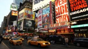 The free concert ¡Viva Broadway! return to Times Square to celebrate Hispanic stars