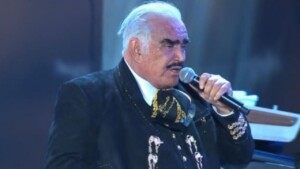 Vicente Fernández: this is the saddest concert of his career, he went out to sing with his recently DEAD father