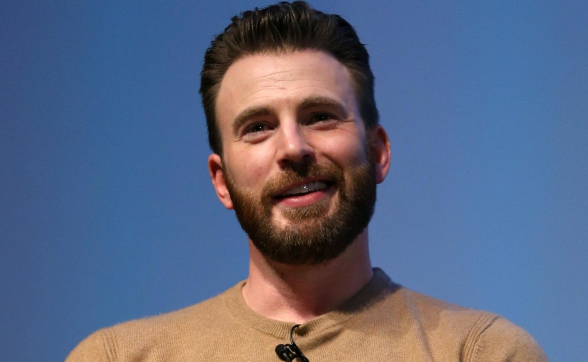 What was the millionaire salary Chris Evans received for Captain