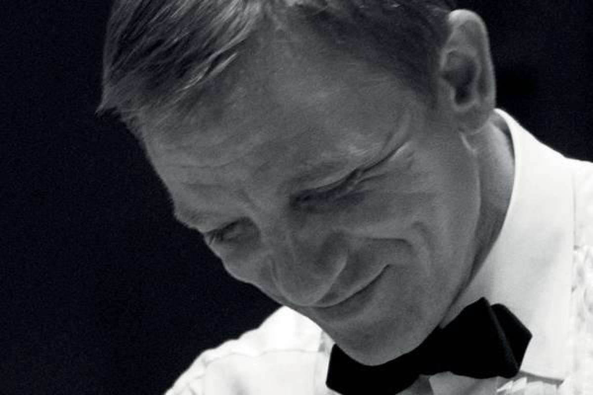 When Daniel Craig unveils behind the scenes of his James