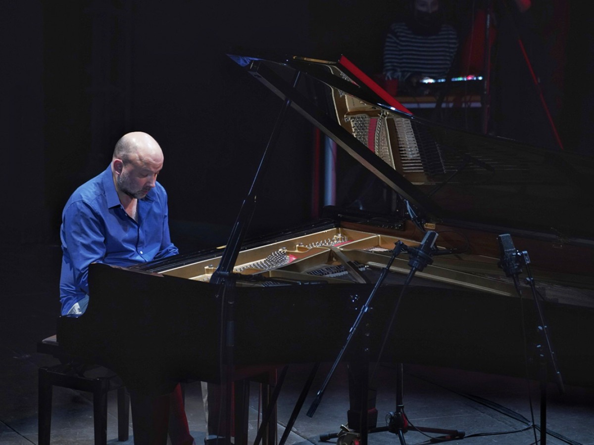 With a concert at Teatro del Lago ends the artistic residency of the musician Camilo Salinas