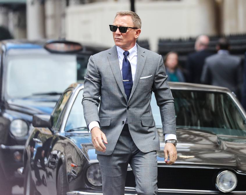 1633151332 Wanted for the new James Bond man or woman Who
