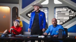 Saturday Night Live makes fun of Jeff Bezos 'Star Trek' style