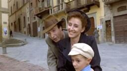 """Life is beautiful"": the love story of Roberto Benigni and Nicoletta Braschi"