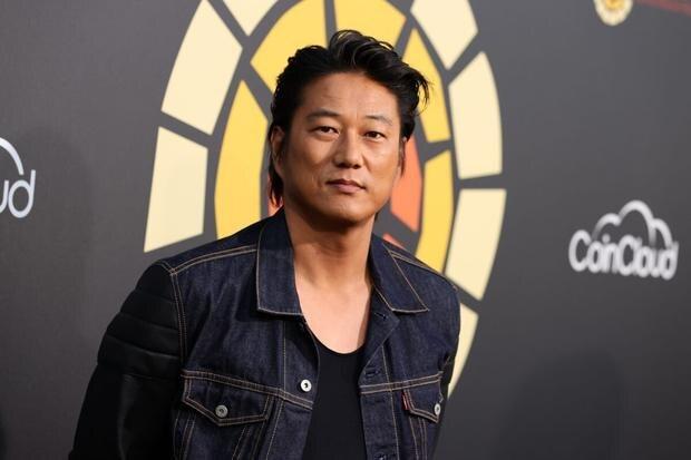 L'acteur Sung Kang a rappelé qu'à cette occasion, il avait écrasé un véhicule contre le mur et pensait qu'ils allaient le mettre à la porte pour cela (Photo: Getty Images)