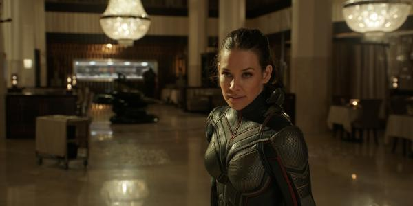 1634271397 Evangeline Lilly admits she is not up to date with