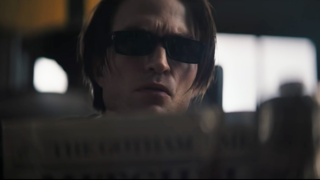 1634817716 Robert Pattinsons glasses in the Batman are the best a
