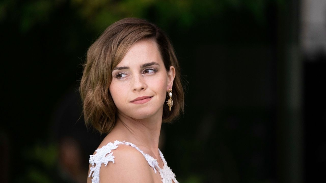1634941239 Emma Watson pregnant This is the PHOTO that sparked the