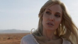 Angelina Jolie turned down a celebrity superhero role before joining Eternals | Tomatazos
