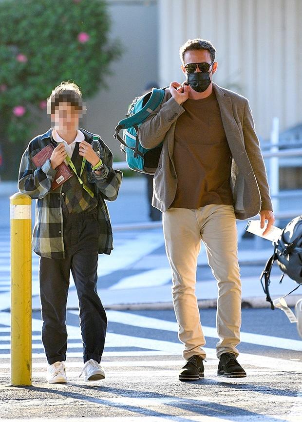Ben Affleck befriends 12 year old daughter Seraphina as he picks her