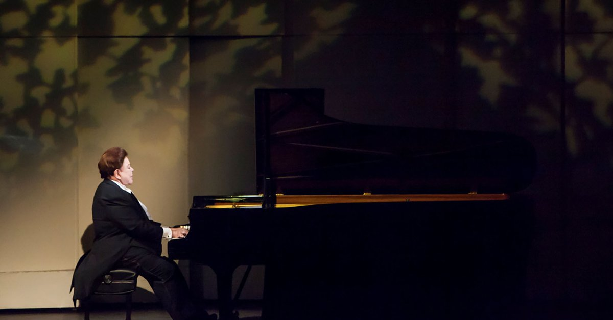 Bruno Gelber will perform with the Buenos Aires Philharmonic Orchestra