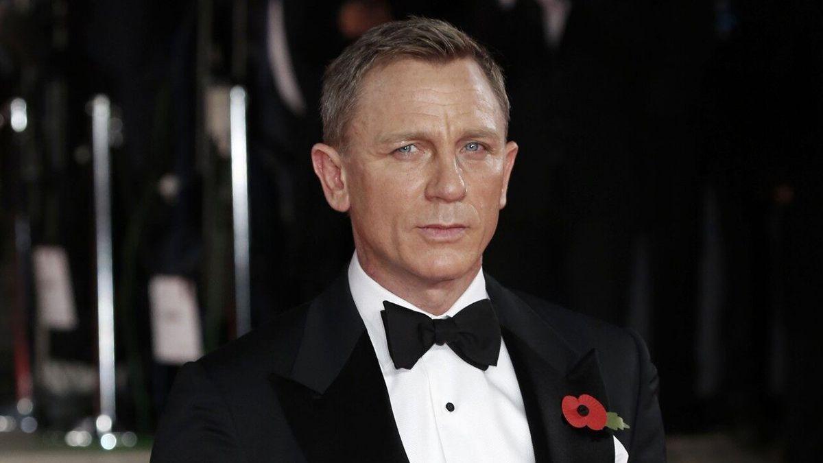 Daniel Craig revealed why he doesnt like straight bars