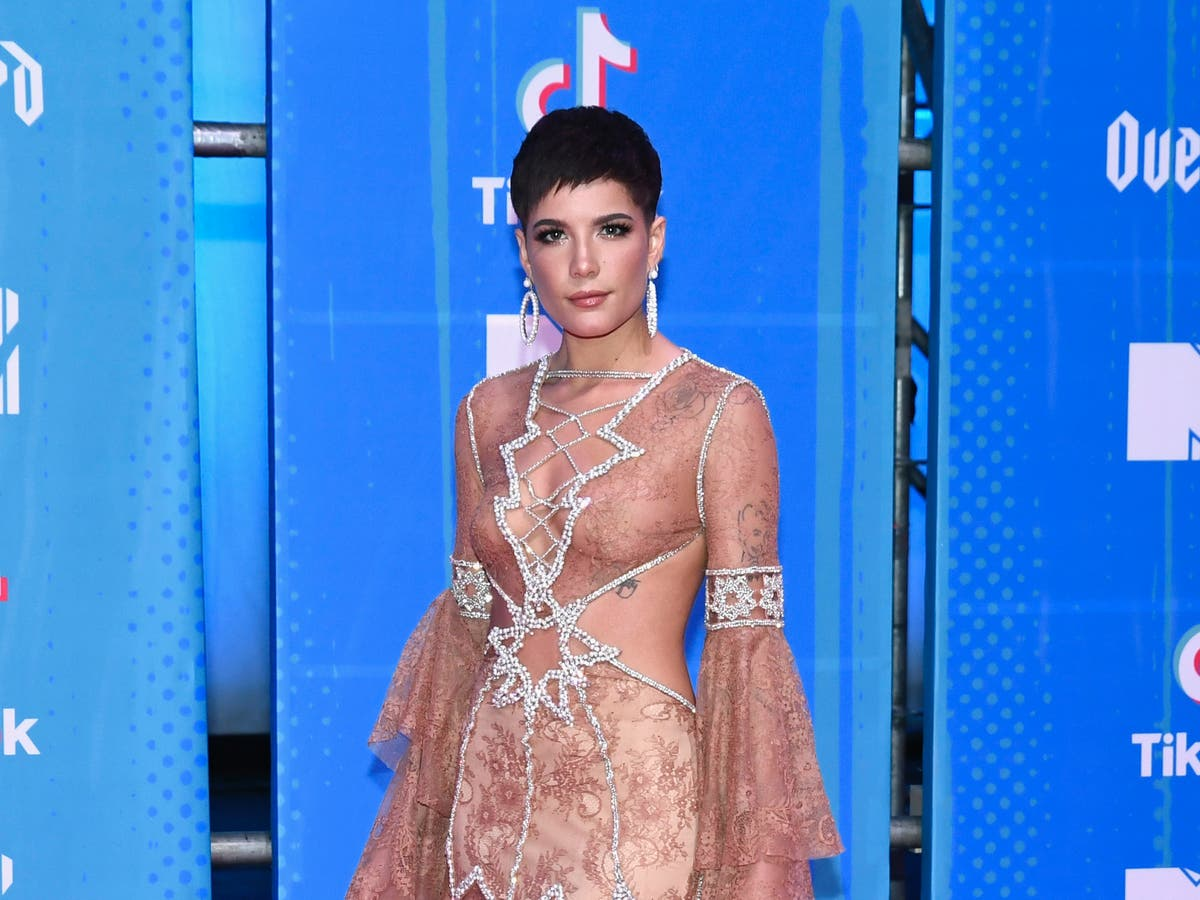 Halsey shares message about her postpartum body after SNL praise