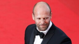 Jason Statham, life and career of a tough movie guy