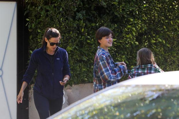 Jennifer Garner and Kids Violet 15 and Samuel 9 are