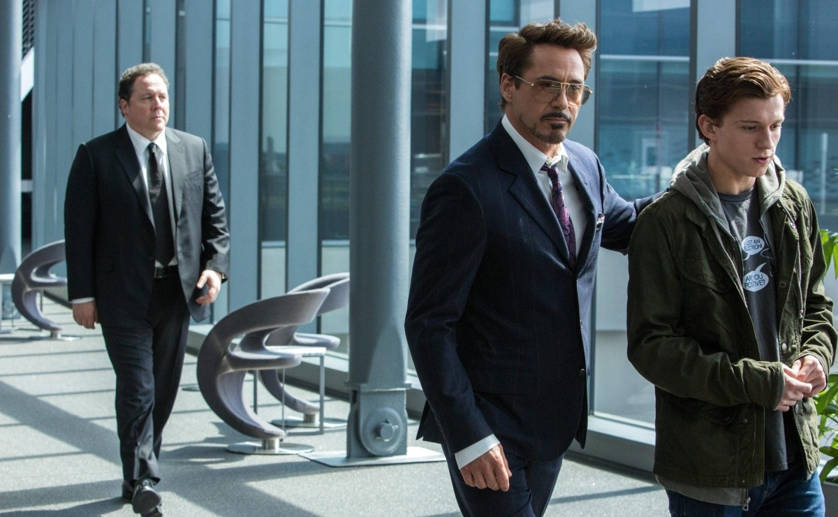 Marvel the photos of Tom Holland Robert Downey Jr and