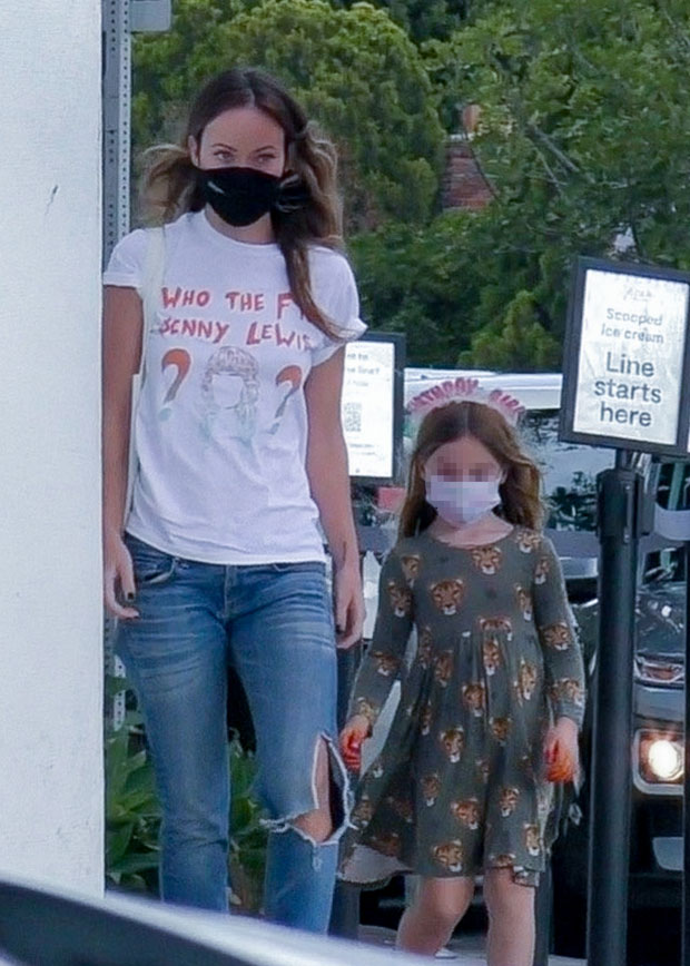 Olivia Wilde takes daughter Daisy 5 for ice cream in