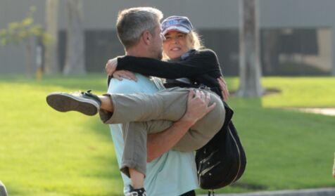 Renee Zellweger trusts that her boyfriend will make her forget