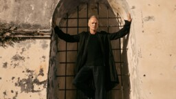 """Sting released his new video """"Rushing Water"""", preview of next album"""