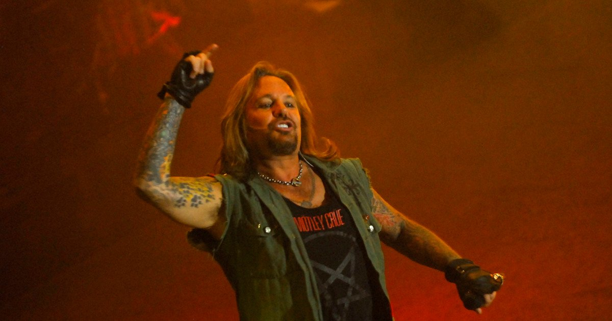 The Motley Crue singer fell off the stage broke several