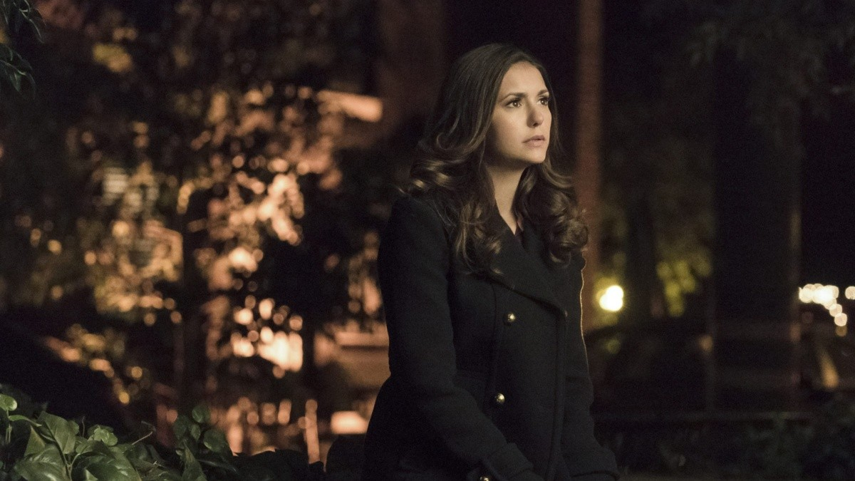 The Vampire Diaries Nina Dobrevs Real Reasons For Ditching The