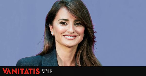 The other Penelope Cruz supportive nostalgic family and fan of