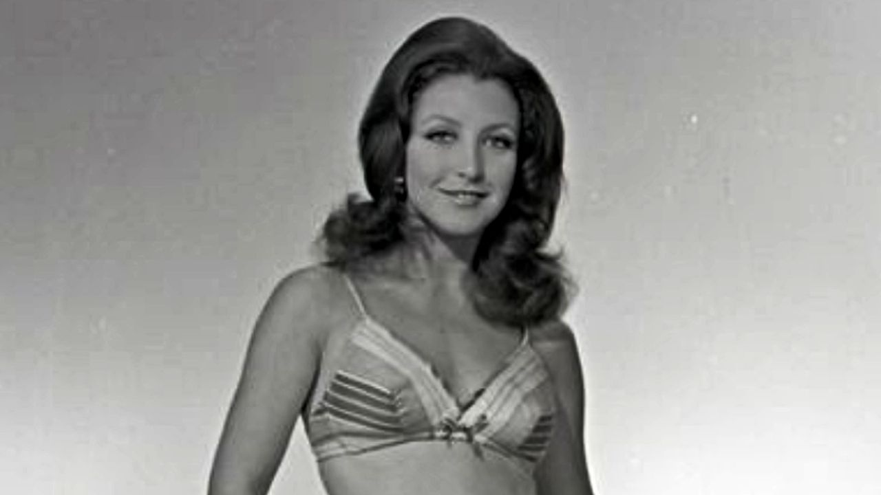 These are the PHOTOS that show that Angelica Maria had