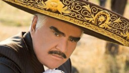Vicente Fernández has been hospitalized for almost two months and this is his health